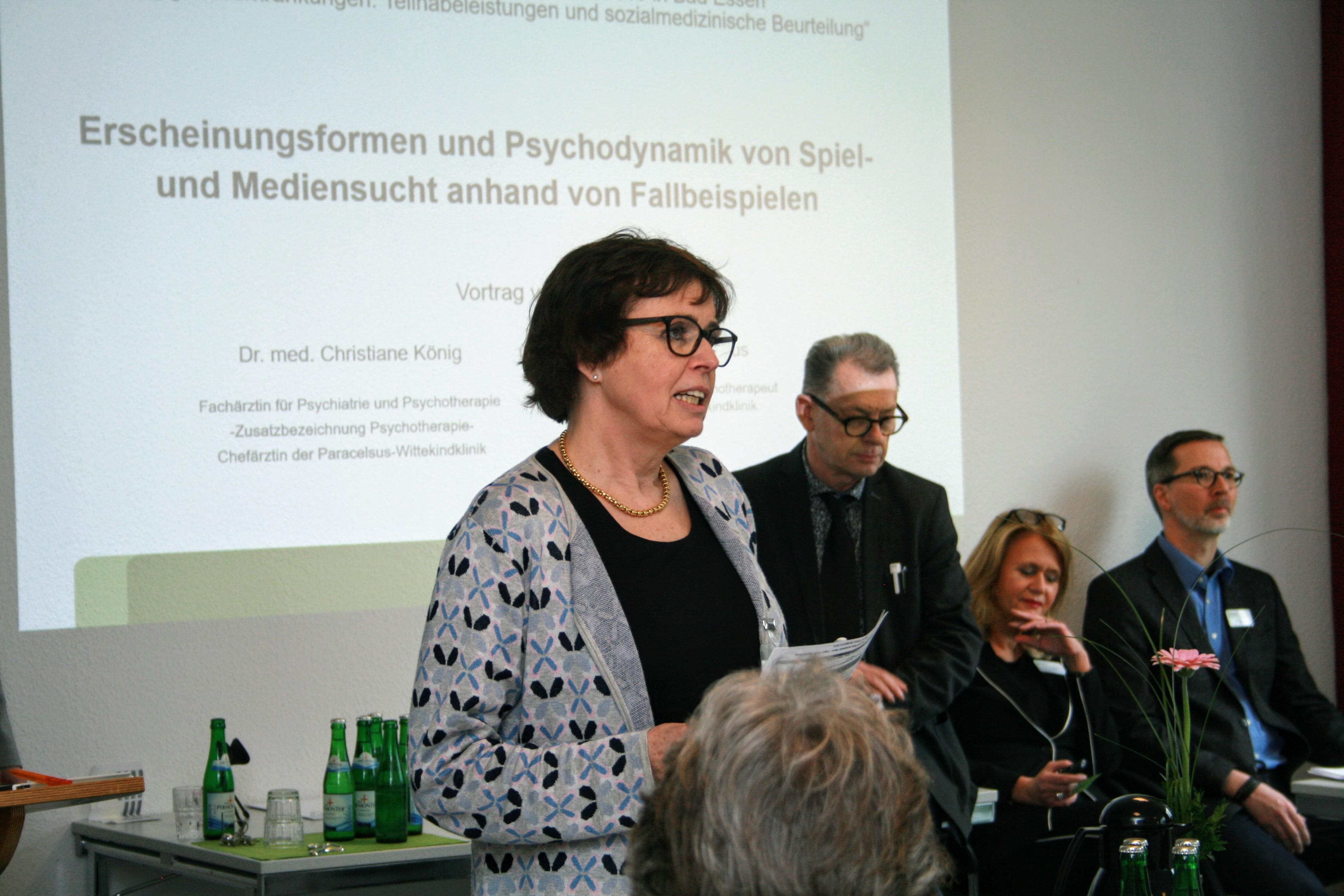 Begrüßung durch Drau Dr. Hemmrich (Foto Paracelsus Klinik Bad Essen)