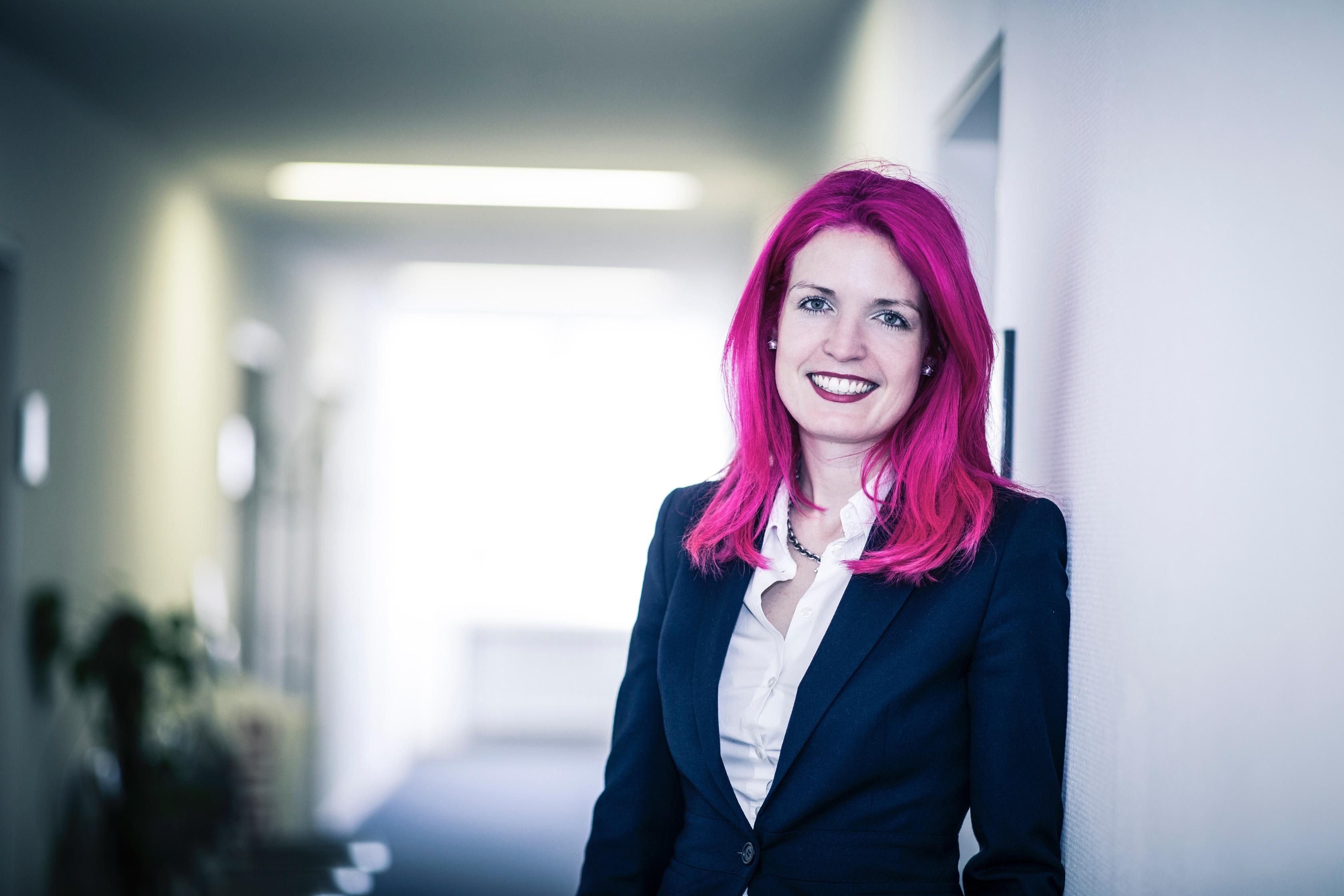 Frau Dr. Alina Dahmen