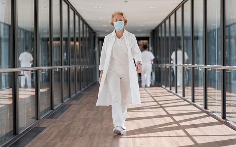 Ärztin Passauer Wolf